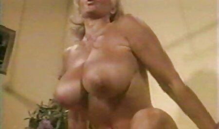 Porno zvijezda ocean porno hd Amy dobiva vrući i zabrinuti uri, maleni maj
