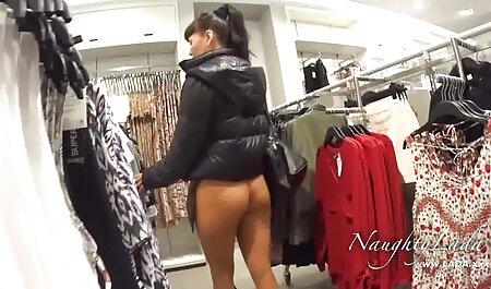 Baba koja latex porn film puši uzima dva penisa u guzicu