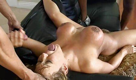 Amaterska internetska baba poprska igračku nakon sjednice free o movie porn