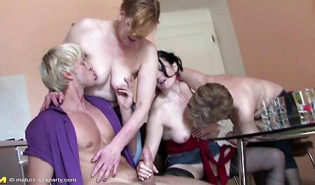 Mlada seksi učenica pervertira svog porno lesbian movies starog prof