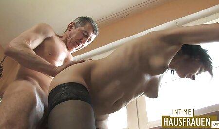 Trina se jebala free porno 2000 nakon tuširanja