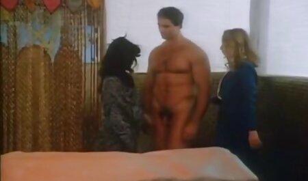 Mlada crnka drolja dobiva tvrdi young porno films analni zajebavati