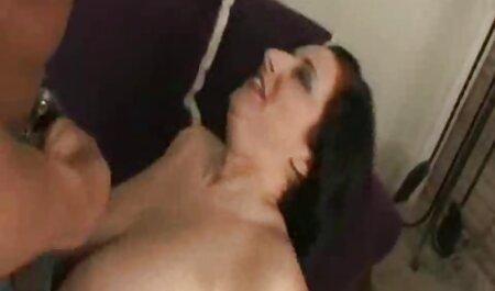 Euro djevojke Alice di Roxy igraju se s čepovima dok se ne free classic porno tube stvore